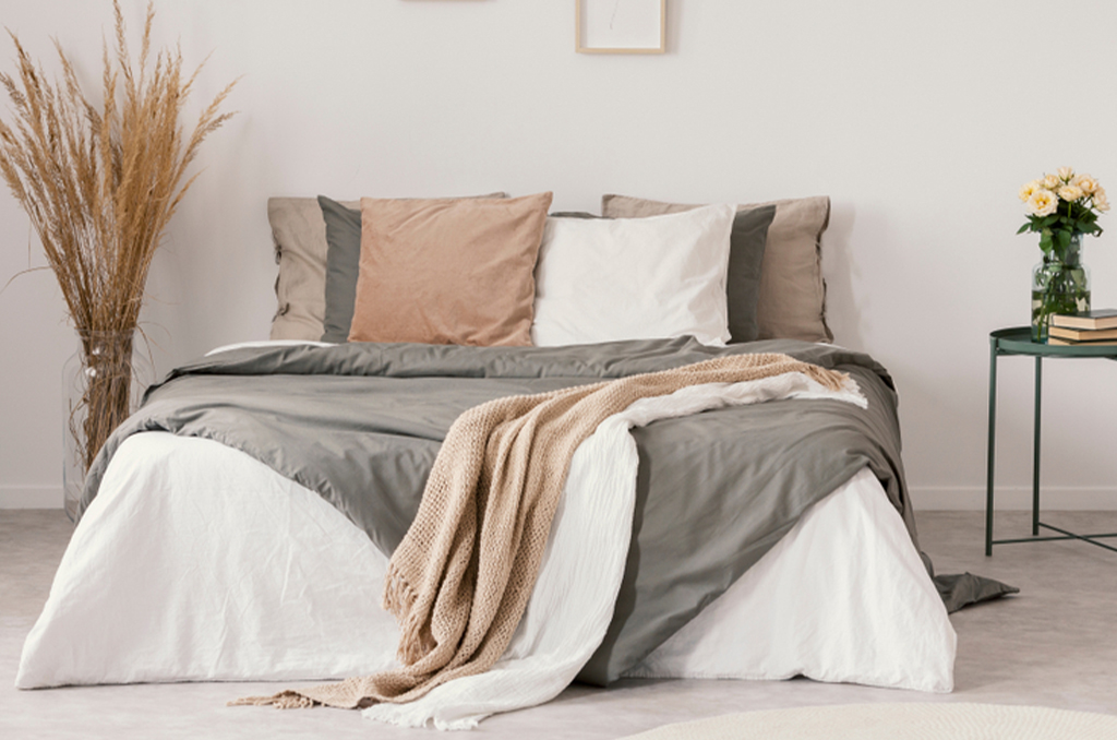 The Difference Between a Pillowcase and Pillow Sham